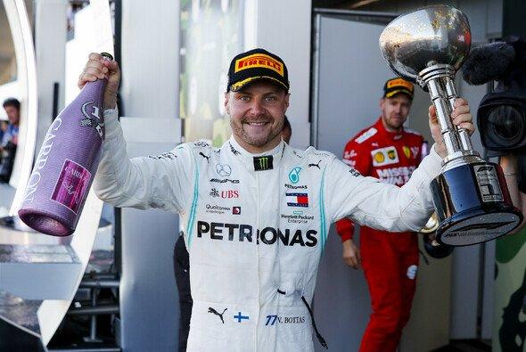 Valtteri Bottas fuhr beim Formel-1-Rennen in Japan einen souveränen Sieg ein - Foto: LAT Images