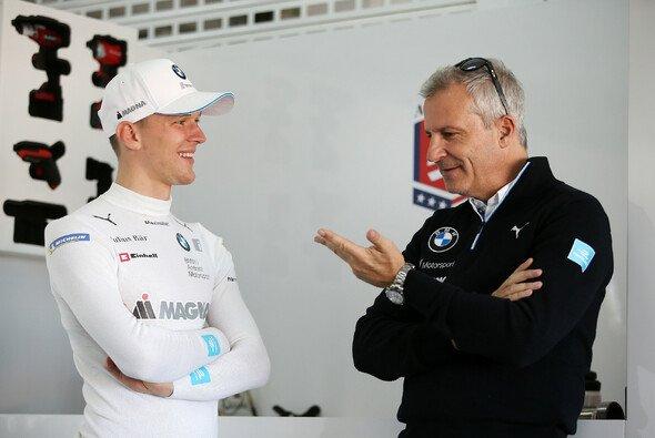 BMW-Neuzugang Maximilian Günther mit BMW Motorsport-Direktor Jens Marquardt - Foto: BMW Motorsport