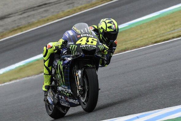 Valentino Rossi steckt in einer handfesten Krise - Foto: Yamaha