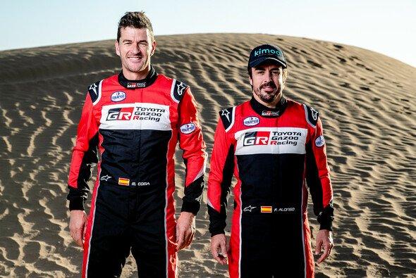 Toyotas Dream-Team für die Dakar: Marc Coma und Fernando Alonso - Foto: Toyota