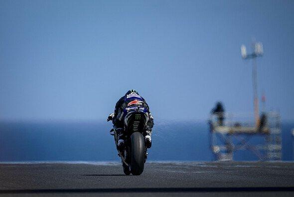Starke Windböen sorgen für eine Verschiebung des Qualifyings - Foto: Yamaha