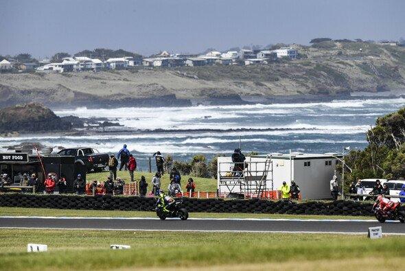 Phillip Island präsentiert sich im Oktober oft unfreundlich - Foto: Yamaha