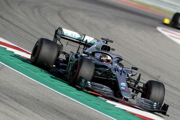 Lewis Hamilton wurden im Training gleich drei Zeiten gestrichen - Foto: LAT Images