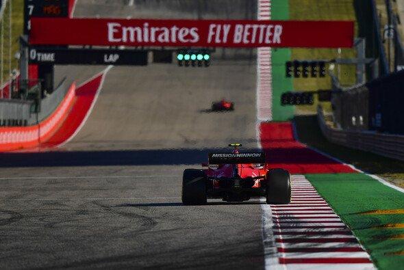Kontert Ferrari nach der ersten Qualifying-Schlappe seit der Sommerpause heute im Rennen? - Foto: LAT Images