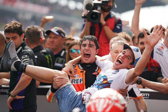 Werden die Marquez-Brüder schon 2020 Teamkollegen? - Foto: HRC