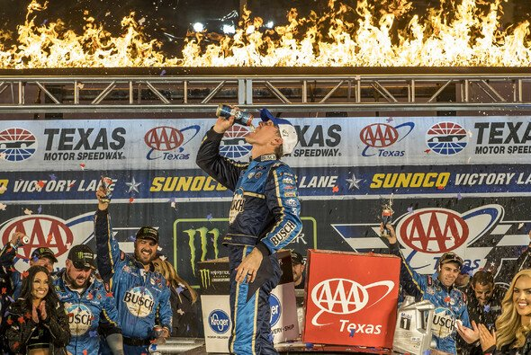 Kevin Harvick ist Finalist Nummer zwei - Foto: LAT Images