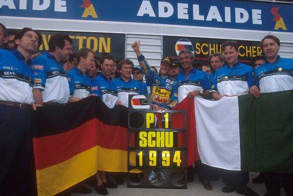 Schumachers Saisonverlauf war 1994 gespickt mit Triumphen, Tragödien und Kontroversen - Foto: LAT Images