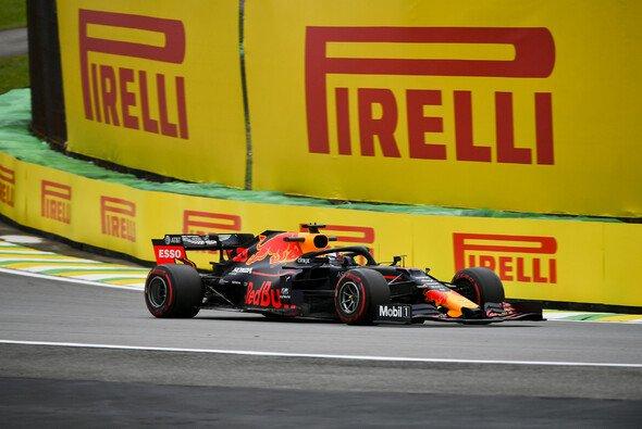Max Verstappen startet beim Formel-1-Rennen in Brasilien am Sonntag zum zweiten Mal von der Pole Position - Foto: LAT Images