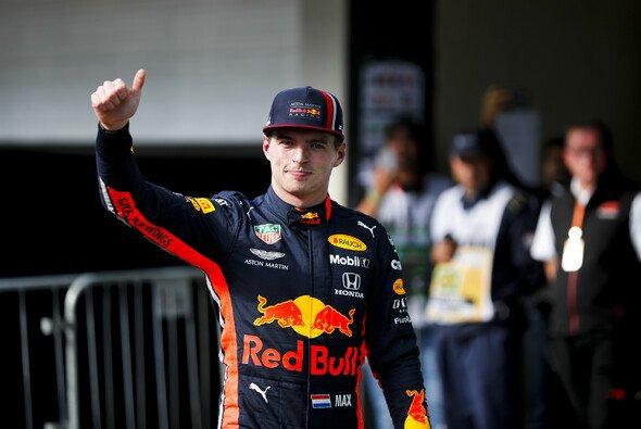 Mit 60 Punkten Vorpsrung sichert sich Max Verstappen den Titel in der von Team Redline organisierten virtuellen Rennserie - Foto: LAT Images