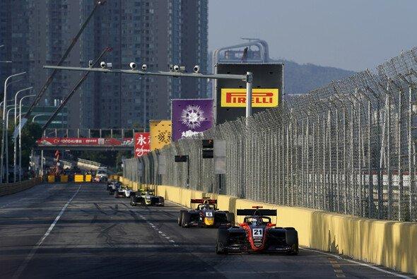 Erster Macau GP, erster Sieg für Richard Verschoor - Foto: LAT Images