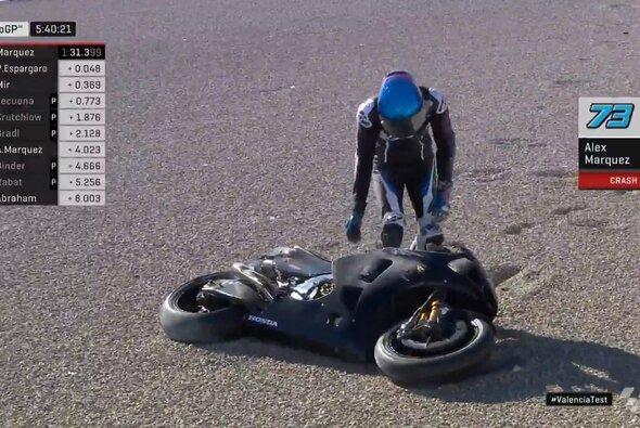 Alex Marquez landete am Dienstag schnell im Kies - Foto: MotoGP/Twitter