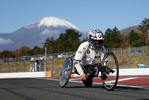 Alex Zanardi bereitet sich auf die Paralympics 2020 vor - Foto: BMW Motorsport