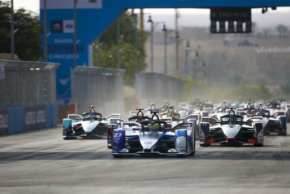 Die Formel E erhält ab der nächsten Saison offiziellen WM-Status - Foto: LAT Images
