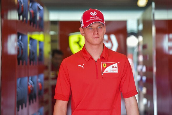 Mick Schumacher startet 2020 zu seinem zweiten Jahr in der Formel 2 - Foto: LAT Images
