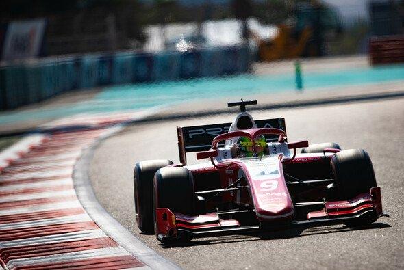 Mick Schumacher eröffnete die Formel-2-Tests in Abu Dhabi mit Bestzeit - Foto: LAT Images