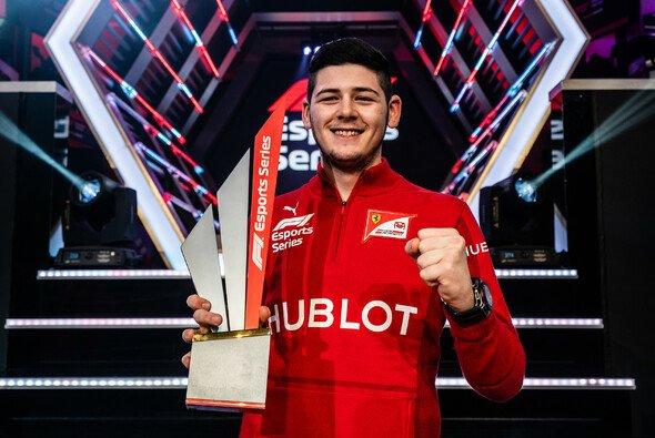 David Tonizza hat die F1 Esports Series gewonnen - Foto: Ferrari