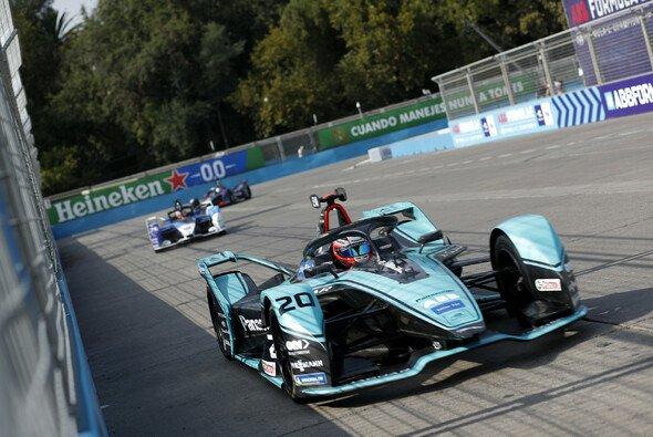 Jaguar-Pilot Mitch Evans erzielt in Mexiko seinen zweiten Formel-E-Sieg - Foto: FIA Formula E