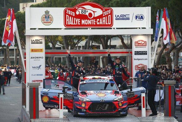 Thierry Neuville gewinnt zum ersten Mal die prestigeträchtige Rally von Monte Carlo - Foto: LAT Images