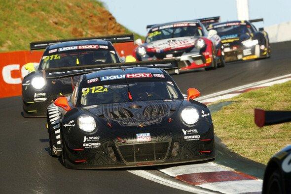 Porsche geht als Titelverteidiger in das Rennen in Bathurst - Foto: Porsche
