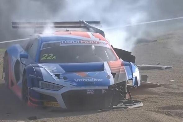 Der Australier Garth Tander hatte im Rennen einen heftigen Crash - Foto: Youtube Screenshot