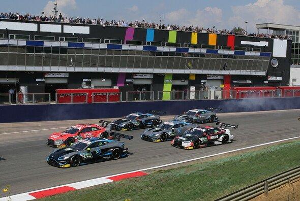 Viele offene Fragen nach dem Rückzug von R-Motorsport aus der DTM - Foto: R-Motorsport