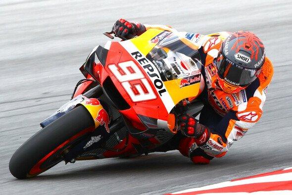 Die MotoGP testet in Sepang - Foto: LAT Images