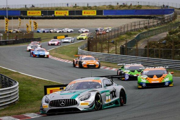 Toksport WRT will mit dem Mercedes-AMG GT3 Evo ein Wörtchen im Titelkampf mitreden - Foto: ADAC Motorsport