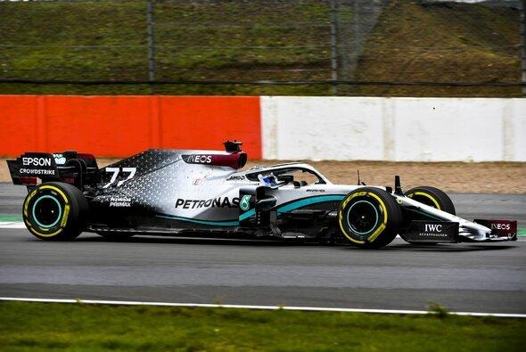F1 W11 EQ Performance heißt Mercedes' neues F1-Geschoss für 2020 - Foto: Mercedes F1 / Twitter