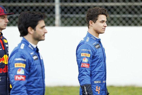 Lando Norris erwartet zwischen sich und McLaren-Teamkollege Carlos Sainz in der Formel 1 2020 härtere Fights - Foto: LAT Images