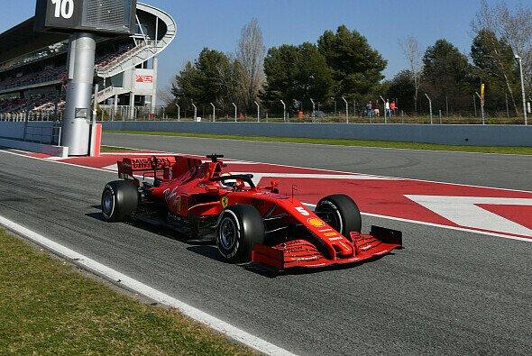 Ferrari glänze zum Testauftakt weder mit Bestzeiten noch vielen Runden - Foto: LAT Images