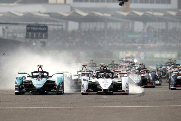 Die Formel E sagt die Rennpremiere in Jakarta frühzeitig ab - Foto: LAT Images