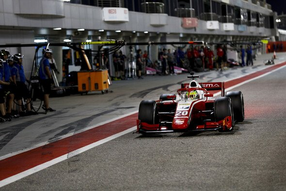 Mick Schumacher bei den F2-Tests in Bahrain - Foto: Formula 2 Media