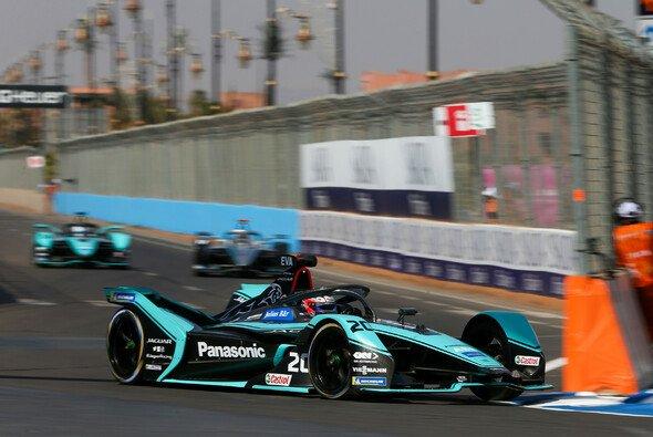 Mitch Evans zählt zu den Titelanwärtern in der Formel E - Foto: LAT Images