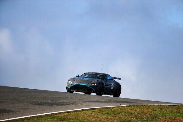 R-Motorsport setzt auf den Aston Martin Vantage GT4 - Foto: R-Motorsport