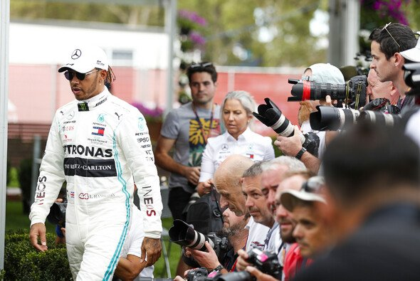 Lewis Hamilton war in Australien am Donnerstag scharfer Kritiker der Formel 1 - Foto: LAT Images