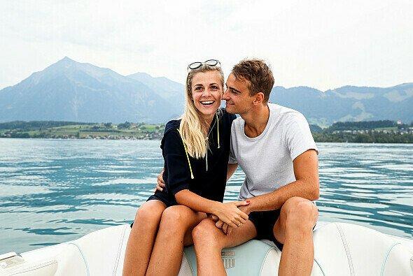 Nico Müller und Freundin Victoria Paschold erwarten ihr erstes Kind - Foto: Audi Communications Motorsport