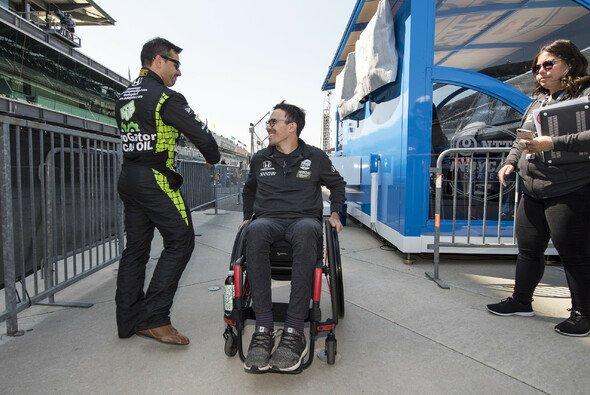 Robert Wickens will nach seinem schweren IndyCar-Unfall wieder Rennen fahren - Foto: LAT Images