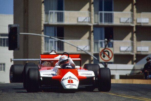 Niki Lauda holte 1982 beim USA West GP in Long Beach den ersten Sieg in seiner zweiten Formel-1-Karriere - Foto: LAT Images