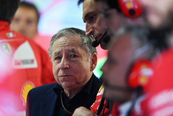 FIA-Präsident Jean Todt muss zwei Krisen auf einmal bewältigen - Foto: LAT Images