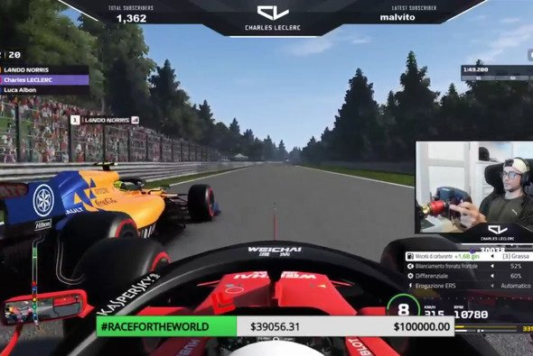 Charles Leclerc streamt live auf Twitch - Foto: Screenshot Twitch/iamcharlesleclerc16