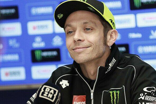 Valentino Rossi bleibt im Transferpoker gelassen - Foto: LAT Images