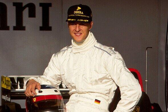 Michael Schumachers Wechsel zu Ferrari war 1995 in der Formel 1 eine Transfer-Bombe - Foto: LAT Images