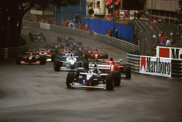Der Monaco GP 1996 war ein legendäres Rennen - Foto: LAT Images