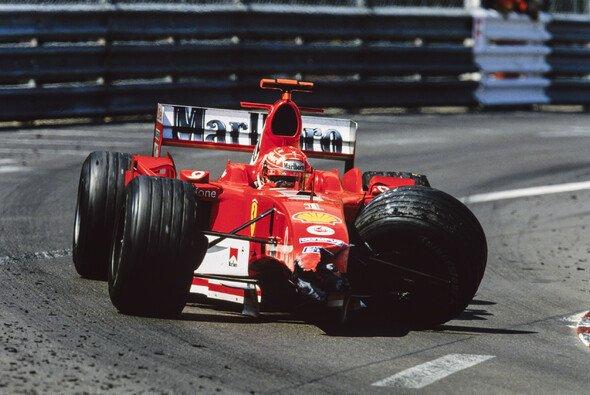 Michael Schumachers kaputter Ferrari 2004 in Monaco: Ende der Perfektion - Foto: LAT Images