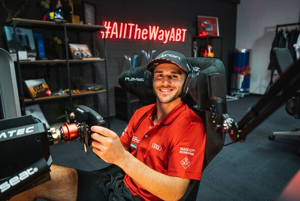 Abt-gesägt nach einem Dummejungenstreich bei einem Computerspiel - Foto: Audi Communications Motorsport