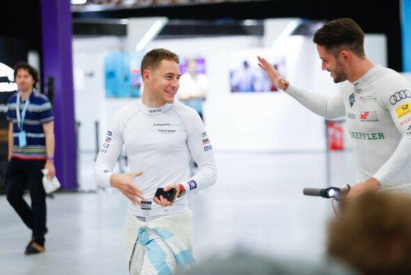 Stoffel Vandoorne gewann die Meisterschaft in der virtuellen Formel E - Foto: LAT Images