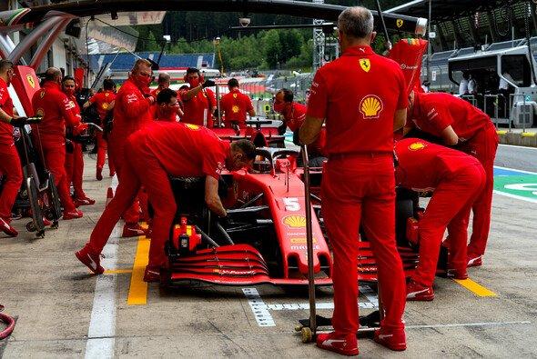 Ferrari lieferte in Spielberg motoren-technisch eine schwache Leistung ab - Foto: LAT Images