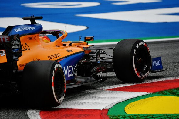 McLaren sieht sich aktuell klar hinter Racing Point - Foto: LAT Images
