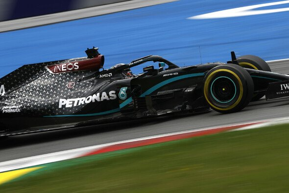 Mercedes blieb in beiden Trainings am Freitag unantastbar - Foto: LAT Images