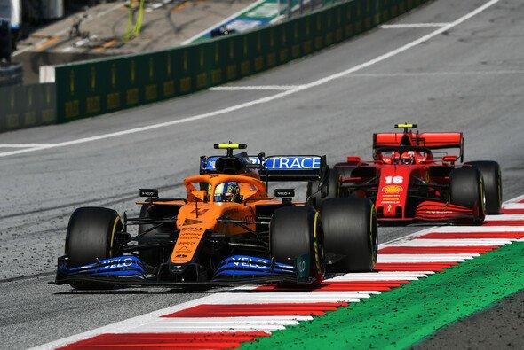 McLaren ließ 2020 die angeschlagene Konkurrenz von Ferrari klar hinter sich - Foto: LAT Images